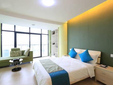 三亚湾擎天半岛公寓豪华园景一房一厅